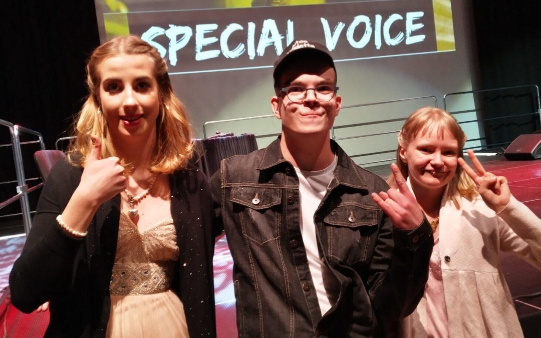 Matkakertomus: Special Voice -laulukilpailun lava haltuun